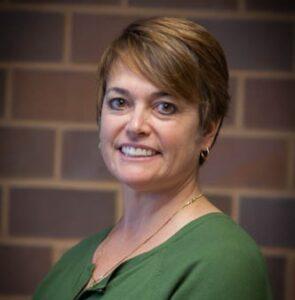 Headshot of Cathy Kraemer